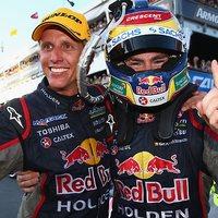 Red Bull győzelem az első futamon Surfersben