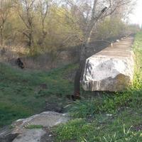 Vác-Alsóváros és Máriaudvar között még a Gombás patak feletti korlátot ellopták