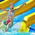 10 izgalmas hely, ahol kacagva csúszhatsz a nyárba