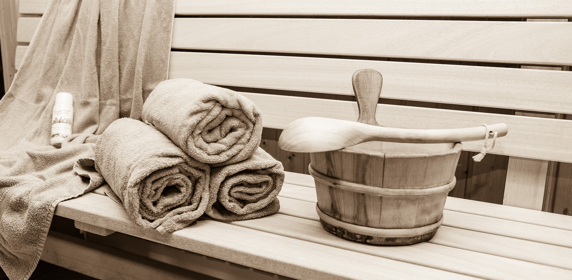 sauna-2844862_1920.jpg