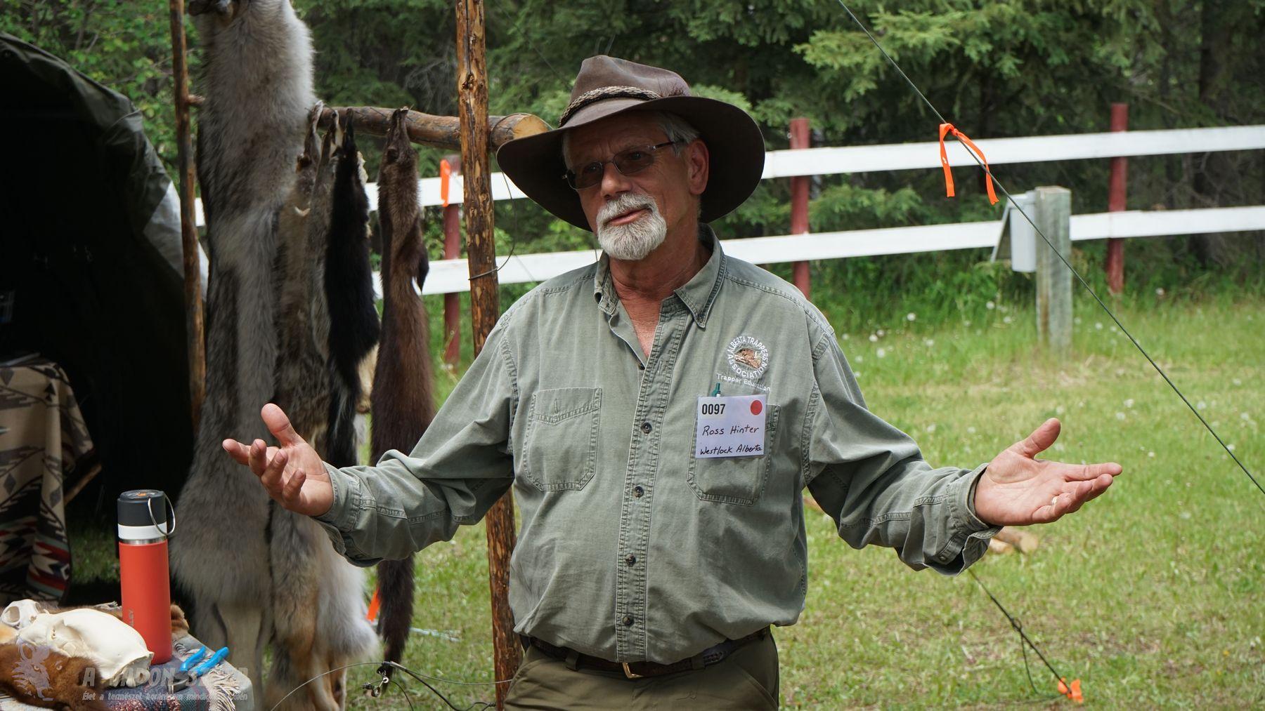 Ross Hinter trapper szakoktató csapdázási előadása
