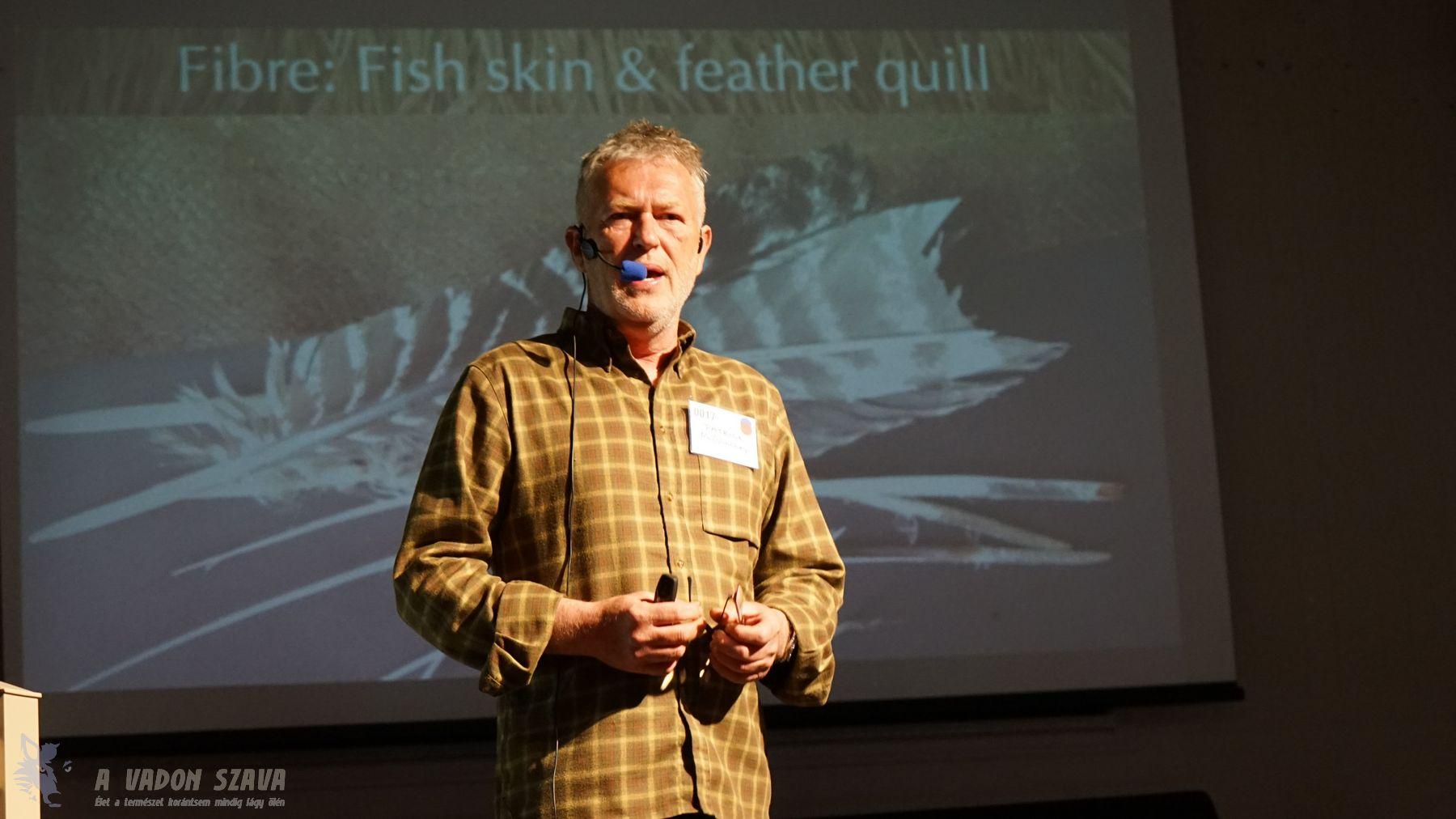 Patrick McGlinchey előadása a természetes rostanyagokról