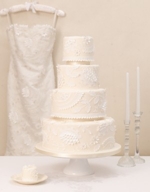 Caroline-Castigliano-dress-inspired-cake-300x384.jpg