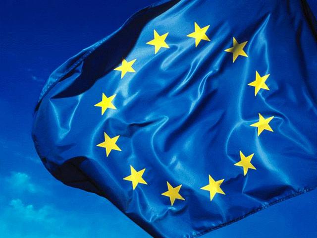 Egész Európa kihátrált a kormány mögül