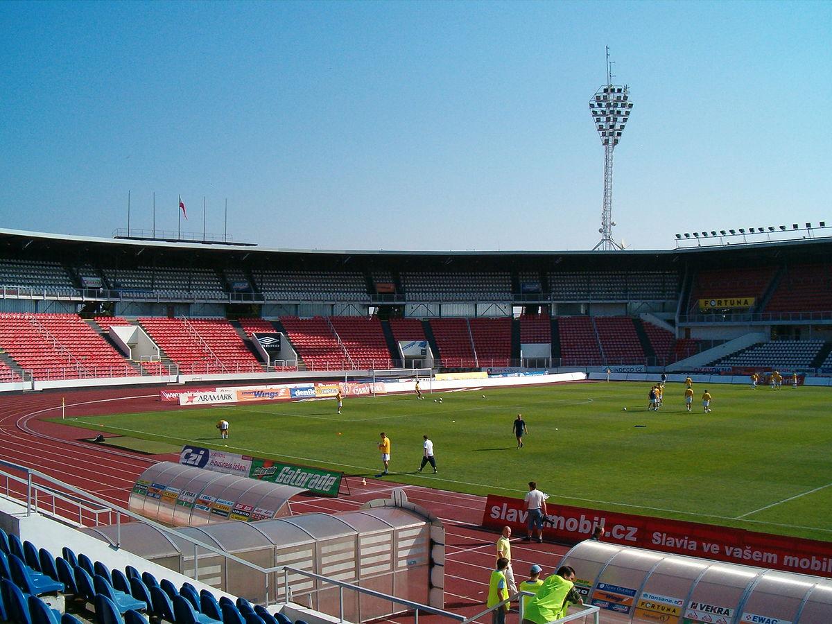 stadion2.jpg