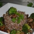 Hajdina brokkolival és gombával