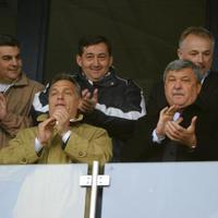 A vidéki foci tündöklése és bukása: Koplárovics Béla az iráni másodosztályba igazolt