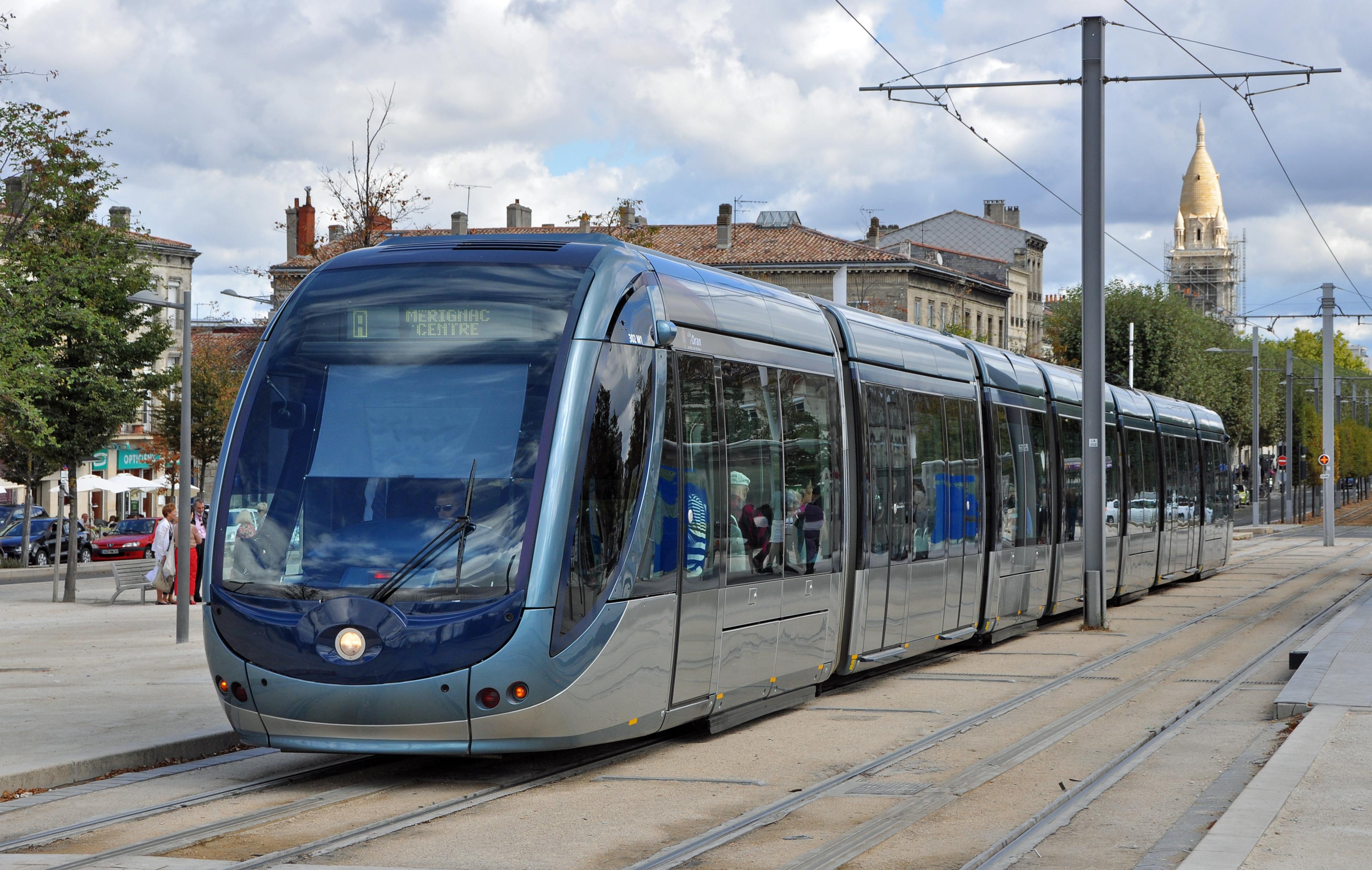 bordeaux_tram_r01.jpg