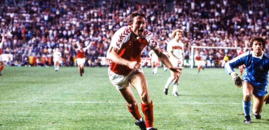 idokapszula_1984_franciaorszagi_labdarugo_europa-bajnoksag_csoportkorok_dania_belgium_preben_elkjaer_larsen.jpg