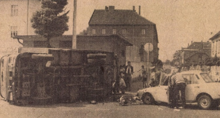 idokapszula_1984_franciaorszagi_labdarugo_europa-bajnoksag_csoportkorok_gyori_baleset.jpg