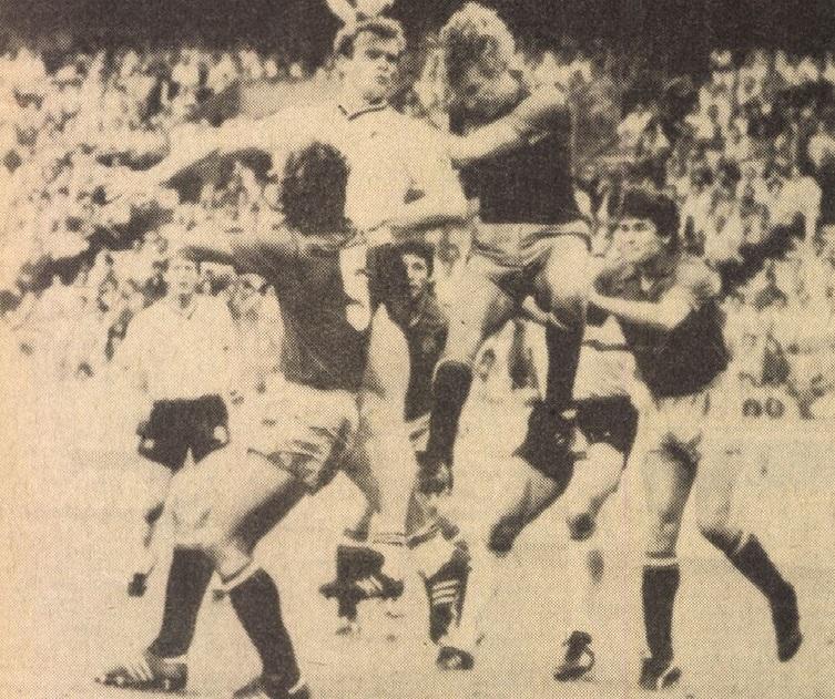 idokapszula_1984_franciaorszagi_labdarugo_europa-bajnoksag_csoportkorok_spanyolorszag_nszk_briegel.jpg