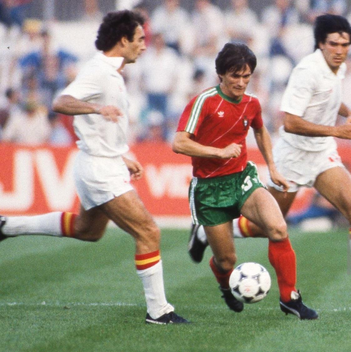 idokapszula_1984_franciaorszagi_labdarugo_europa-bajnoksag_csoportkorok_spanyolorszag_portugalia_sousa.jpg