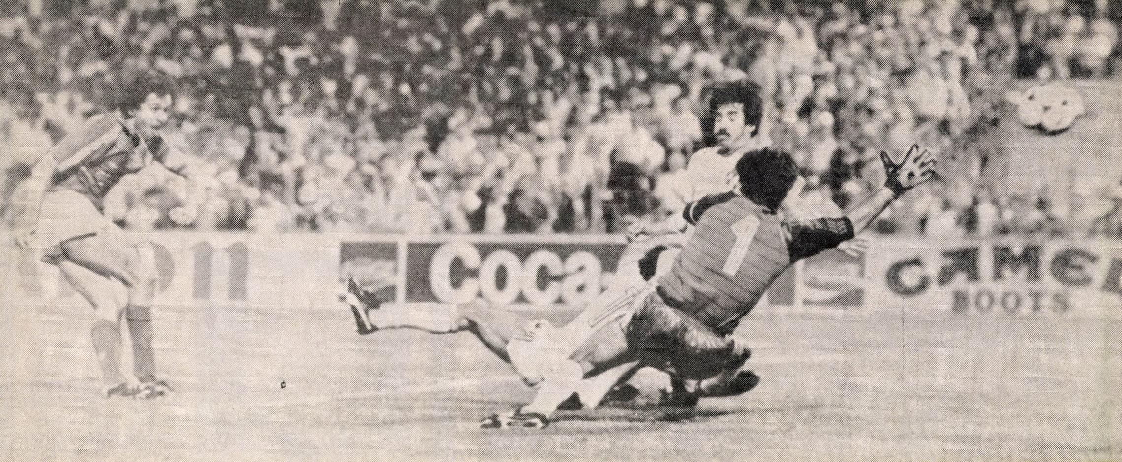 idokapszula_1984_franciaorszagi_labdarugo_europa-bajnoksag_elodontok_es_a_donto_franciaorszag_portugalia_platini.jpg
