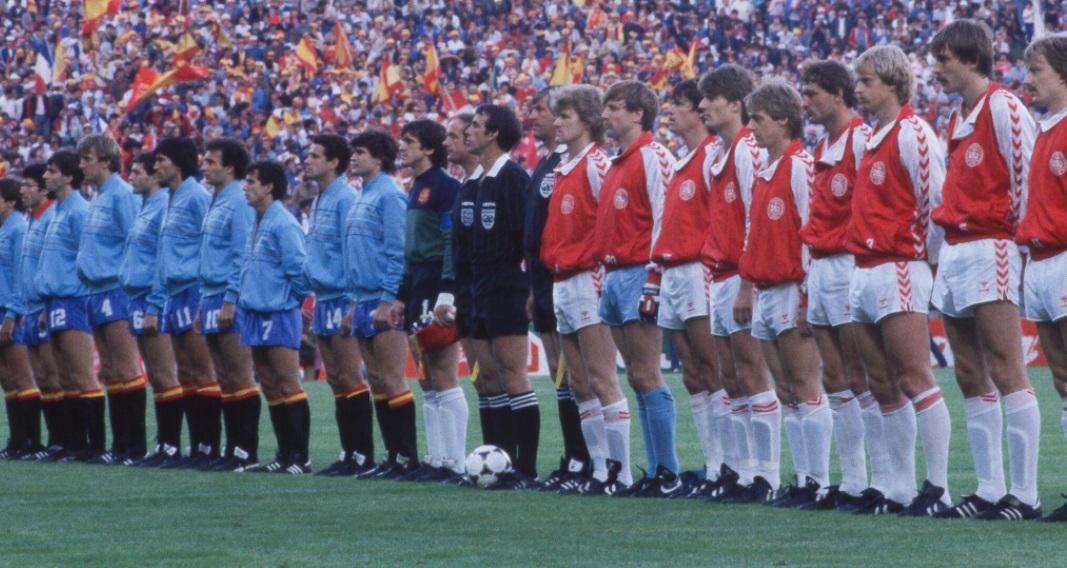 idokapszula_1984_franciaorszagi_labdarugo_europa-bajnoksag_elodontok_es_a_donto_spanyolorszag_dania_himnuszok.jpg