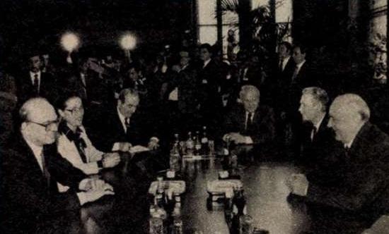 idokapszula_nb_i_1983_84_22_fordulo_headlines_bettino_craxi_kadar_janos.jpg