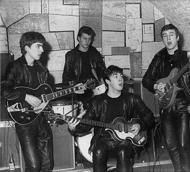 idokapszula_nb_i_1983_84_24_fordulo_beatles_cavern_club_1961.jpg