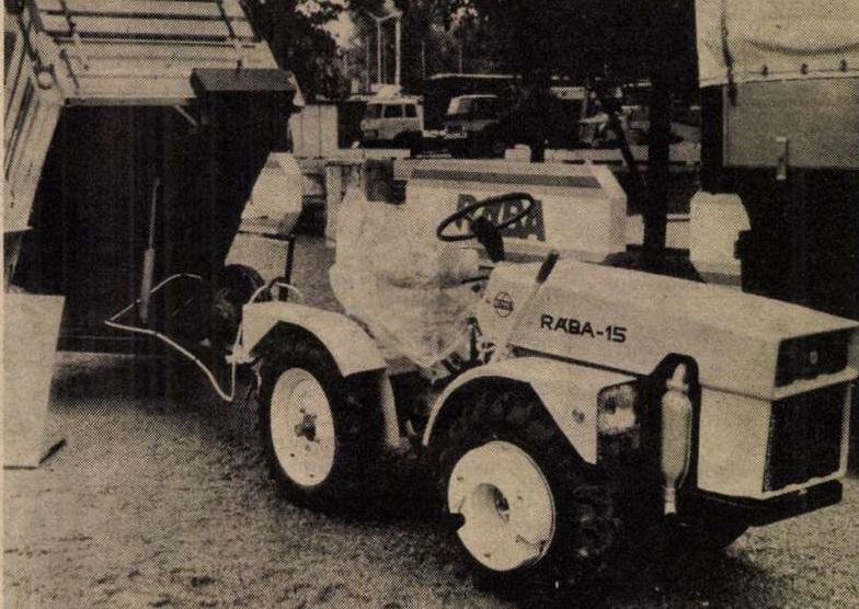 idokapszula_nb_i_1983_84_29_fordulo_budapesti_nemzetkozi_vasar_raba_traktor.jpg