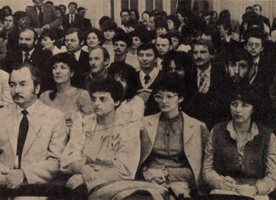 idokapszula_nb_i_1983_84_29_fordulo_kisz_kongresszus.jpg