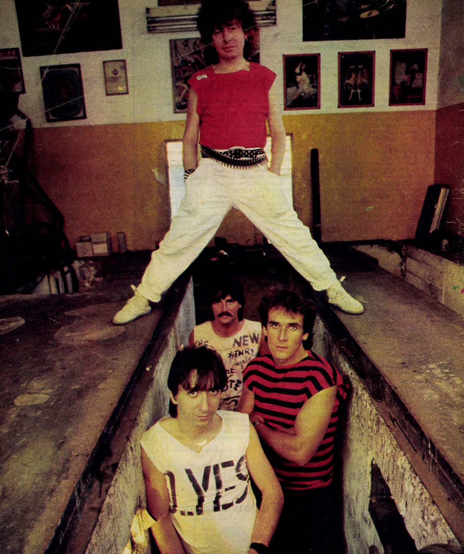 idokapszula_nb_i_1983_84_tavaszi_zaras_tabellaparade_v_moto_rock.jpg
