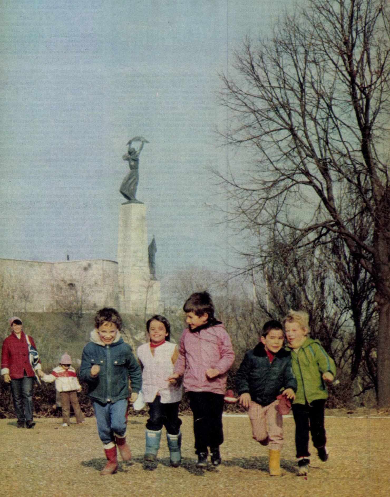 idokapszula_nb_i_1983_84_torokorszag_magyarorszag_aprilis_4_headlines.jpg