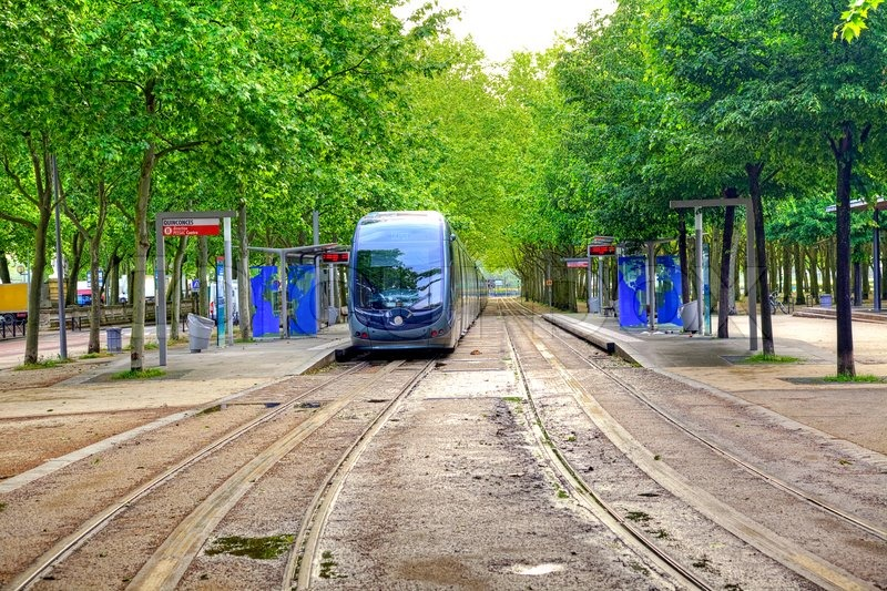 10660456-bordeaux-cityscape.jpg