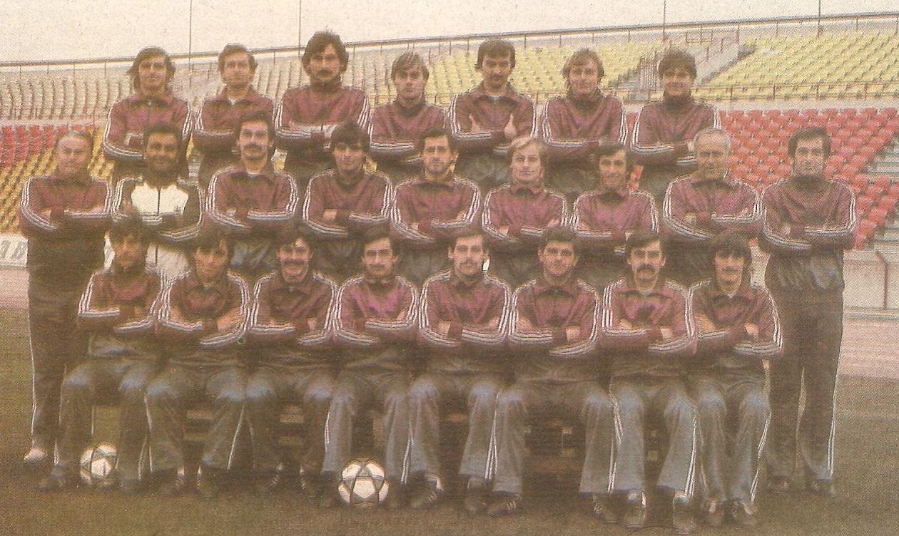 Idokapszula_1983-84_Teliszunet_bevetes_elott_Lakatos_Ferenc.jpg