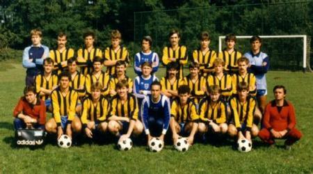 Idokapszula_nb1_1983-84_28_fordulo_dr_Puskas_Lajos_DMVSC_1986.jpg
