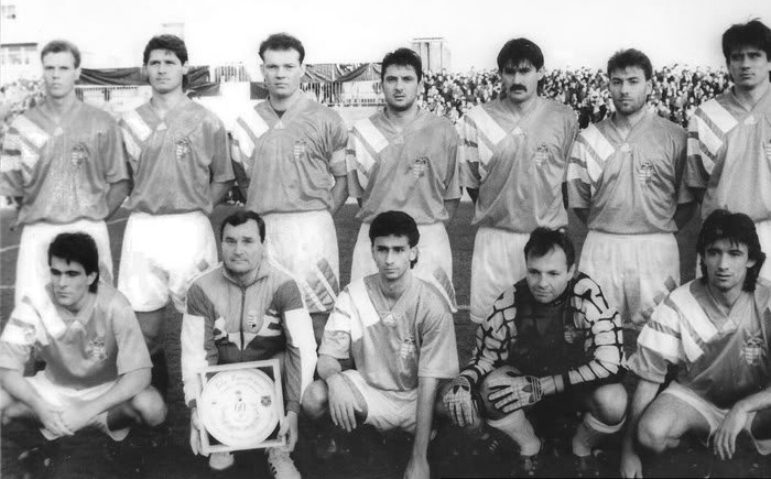 Ket_evtized_magyar_kapusai_Petry_Zsolt_valogatott_1995.jpg