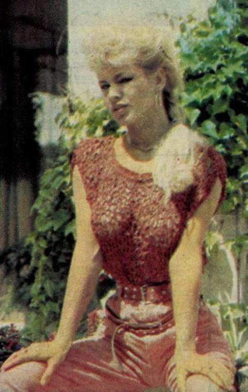 idokapszula_nb_i_1983_84_tavaszi_zaras_edzoi_gyorsmerleg_ii_divat_2.jpg