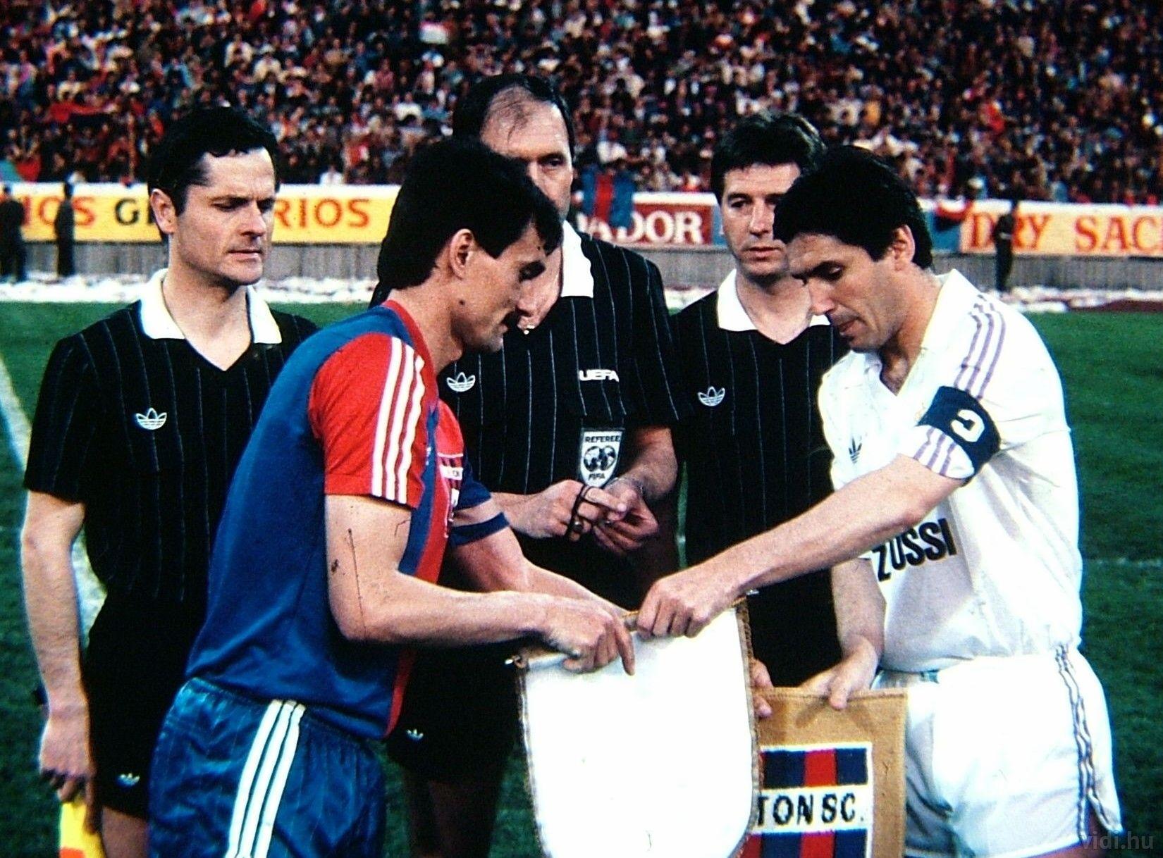 osztalynaplo_Vegh_Tibor_UEFA.jpg