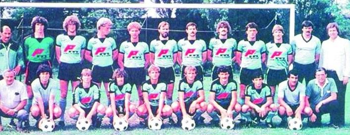 osztalynaplo_varady_bela_1983_fc_tours.jpg