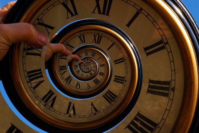...Időösszefonódás... (Darren Tunnicliff, Flickr)