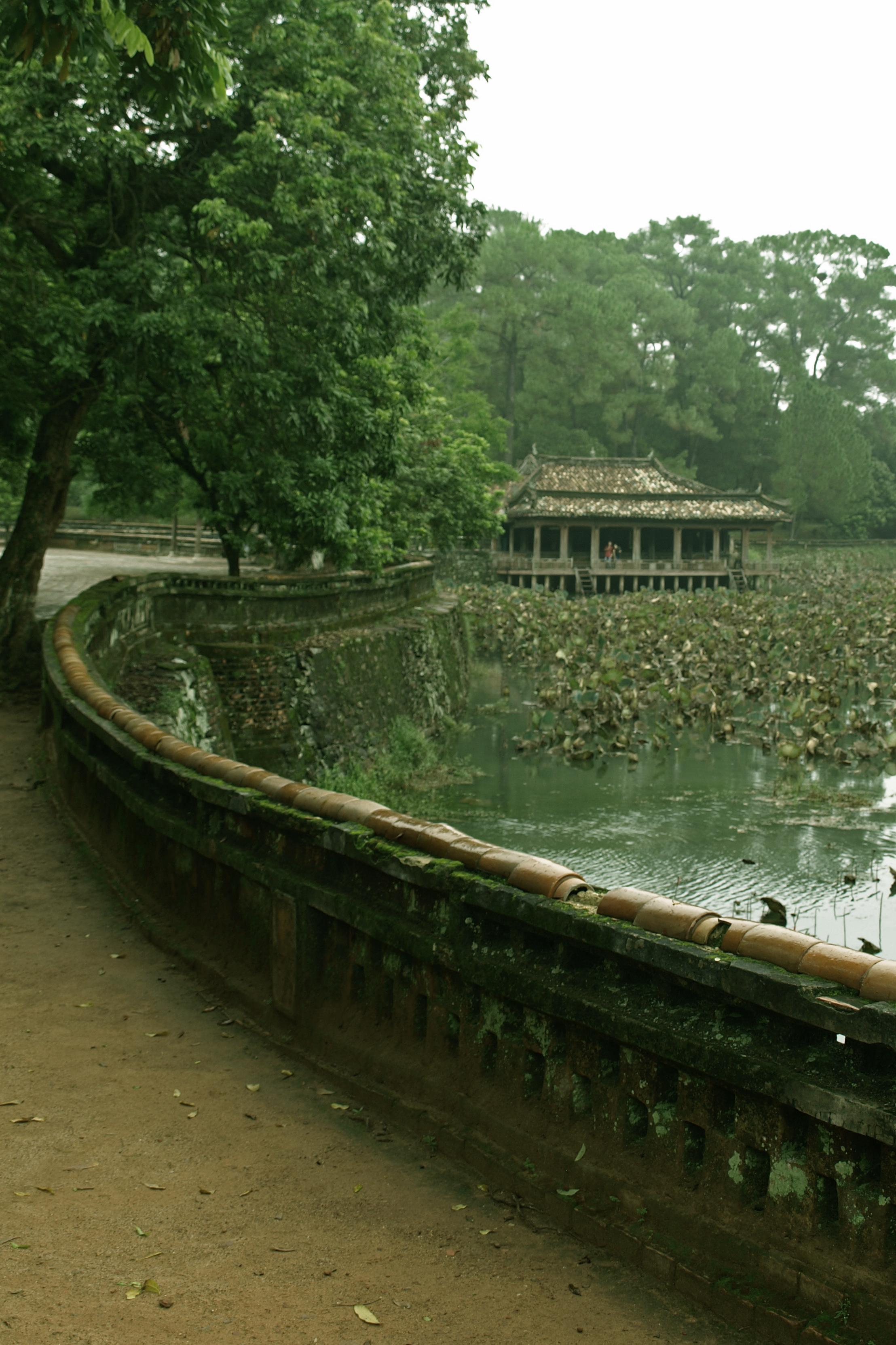 Vietnámban egy császár halotti parkja