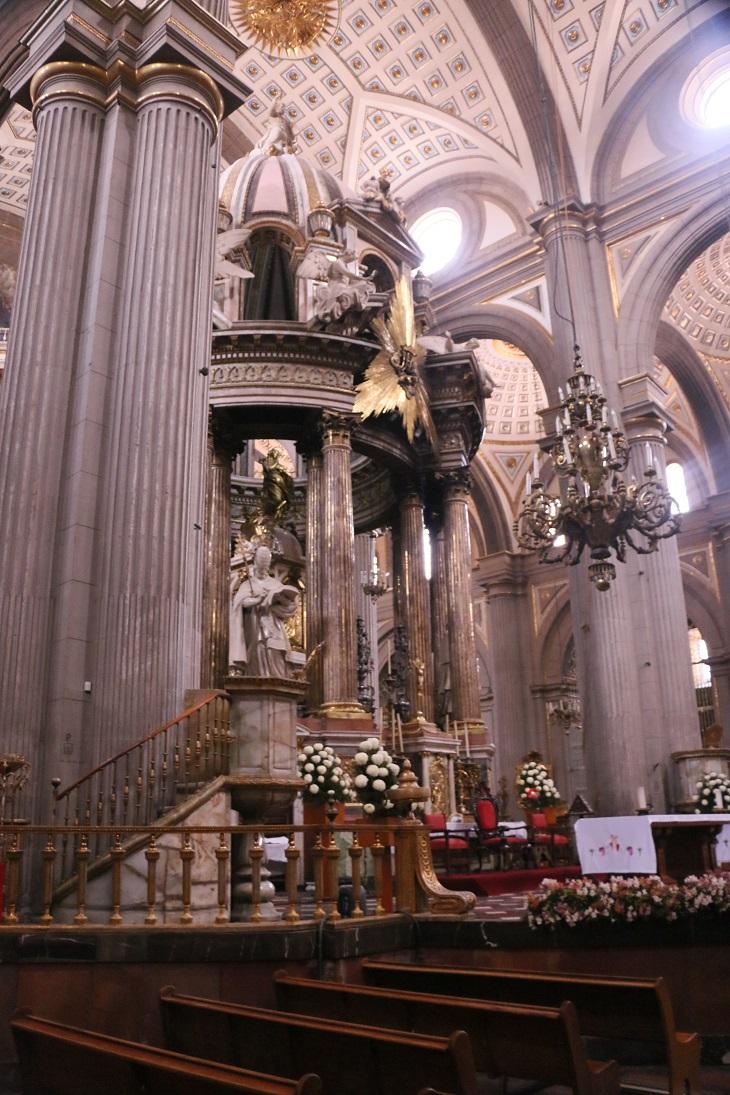 A hyvatalos katedrális régen az ötszáz pesóson is szerepelt.