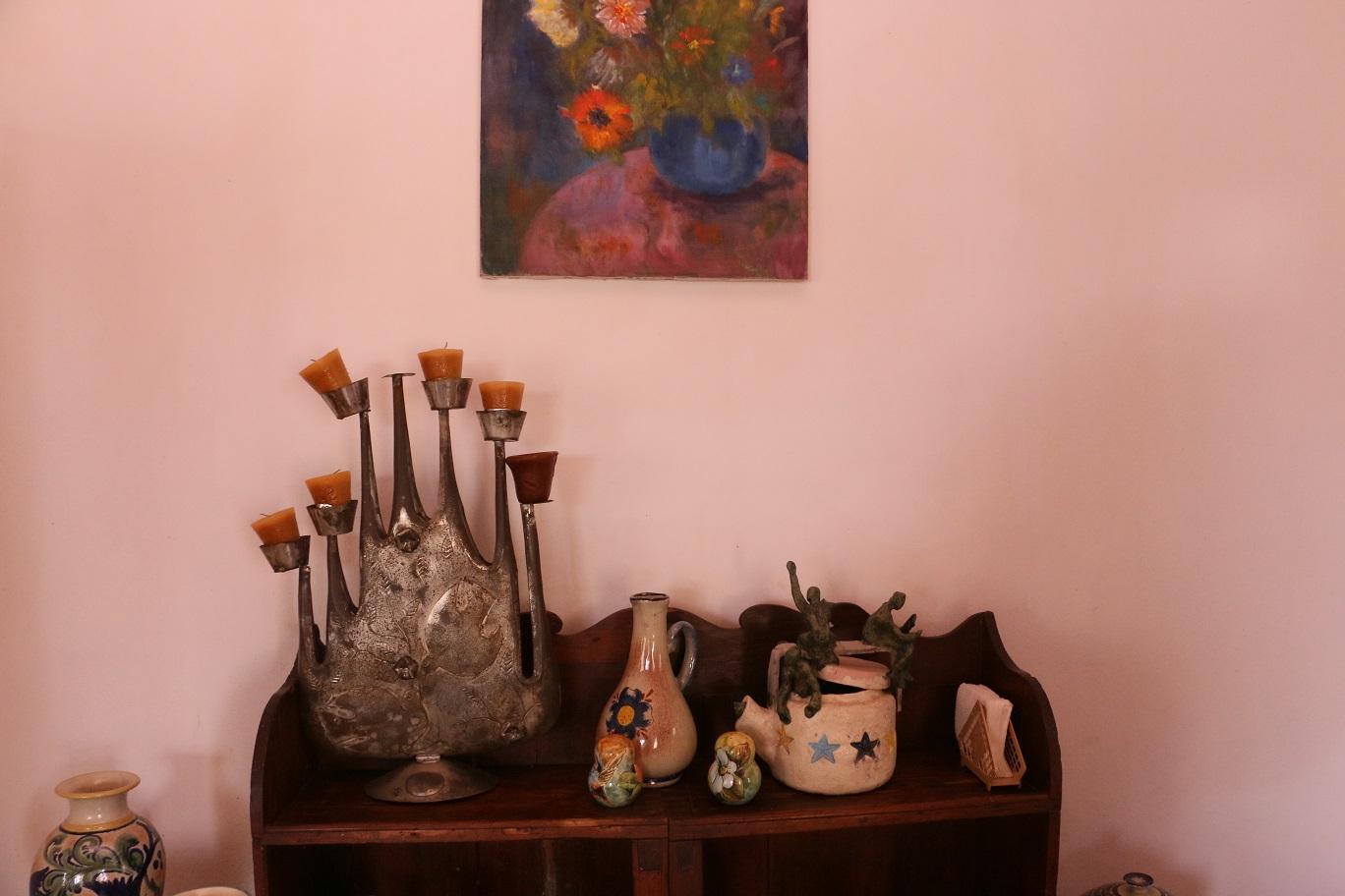 Festmények és szobrok