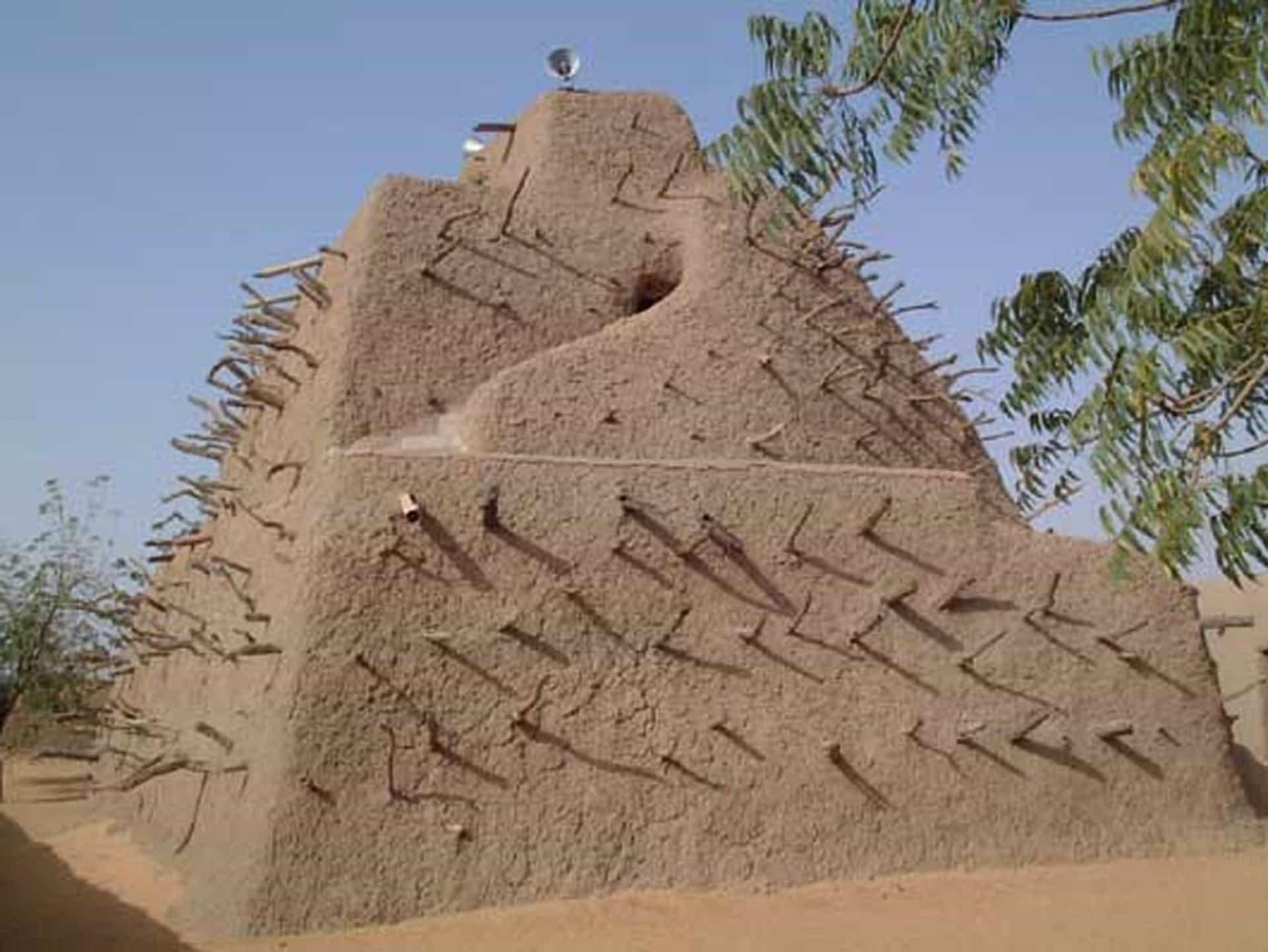 14_mali_piramisa.jpg