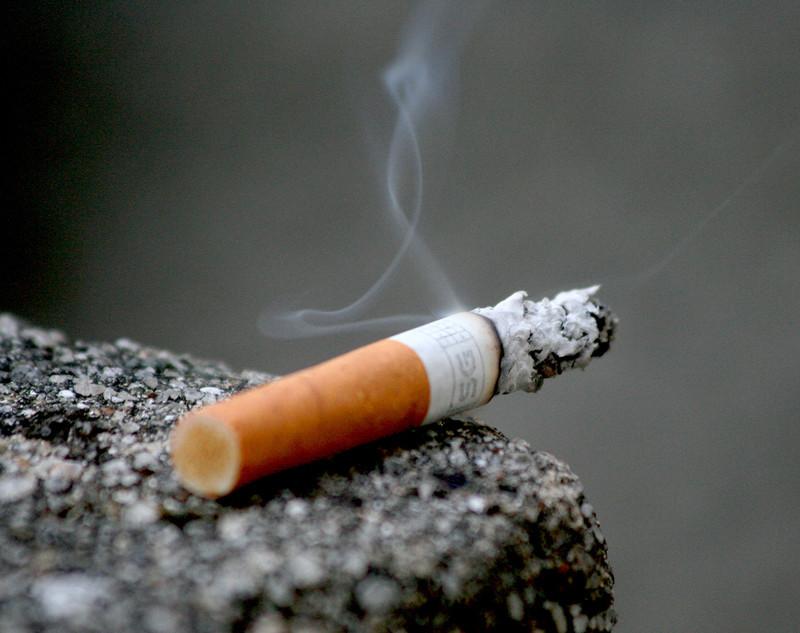 Dohányzó pszichológus