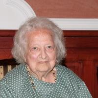 101 éves korában elhunyt Nelly néni.