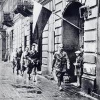 Czesław Miłosz: A hatalom megragadása