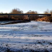 A jeges Rába partjánál