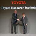 A Toyota vezető kutatója szerint nem jó stratégia az egyoldalú fókuszáltság az akkumulátoros elektromos autókra