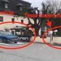 Audi E-tron hirdetés Tesla superchargerek mellett? Akár még működhet is!