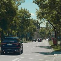 Hollandiában virtuális kerítéssel kísérletezik a BMW