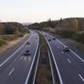 Tíz év alatt 6.5 millióval növekedett az autóállomány Németországban