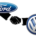 Sorra dőlnek meg a tabuk az autógyártóknál: összefog a Ford és a VW?