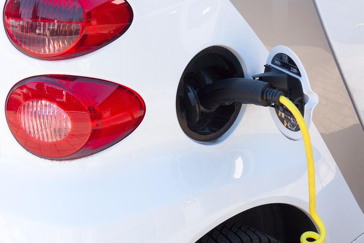 electric-car-734574_1280.jpg