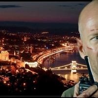 Bruce Willis megszállta a Madách-teret
