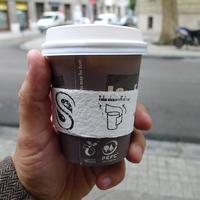 Ebben a kávézóban kötelező a szemetelés - Steezy