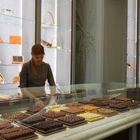 Az Andrássy úti luxuscsokibolt továbbra is baromi jó hely