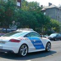 Budapest legmenőbb rendőrautója